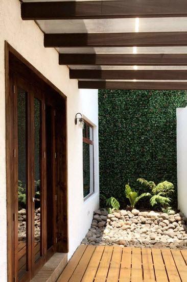 Muros verdes. Jardines verticales. Plantas artificiales