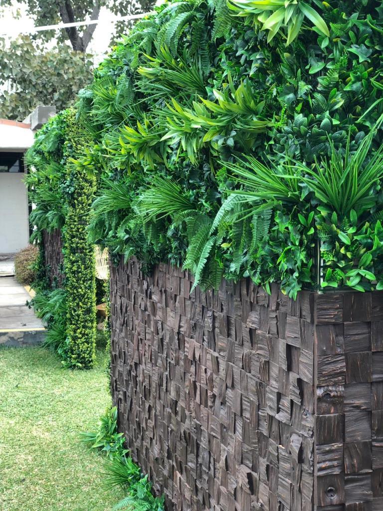 Madera para revestimiento de muros o paredes